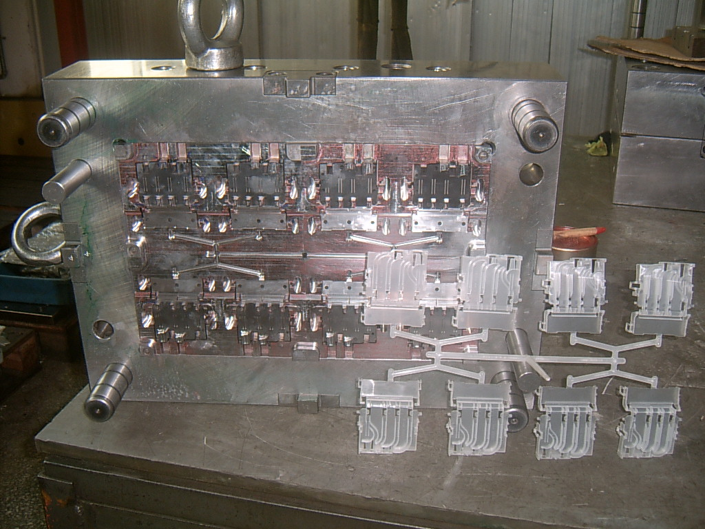 Plastic Injection Moulds 010